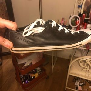 Unisex Leather Converse Size 10 in Women's